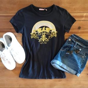 ⭐️Navy Juicy Couture T-SHIRT Excellent Condition